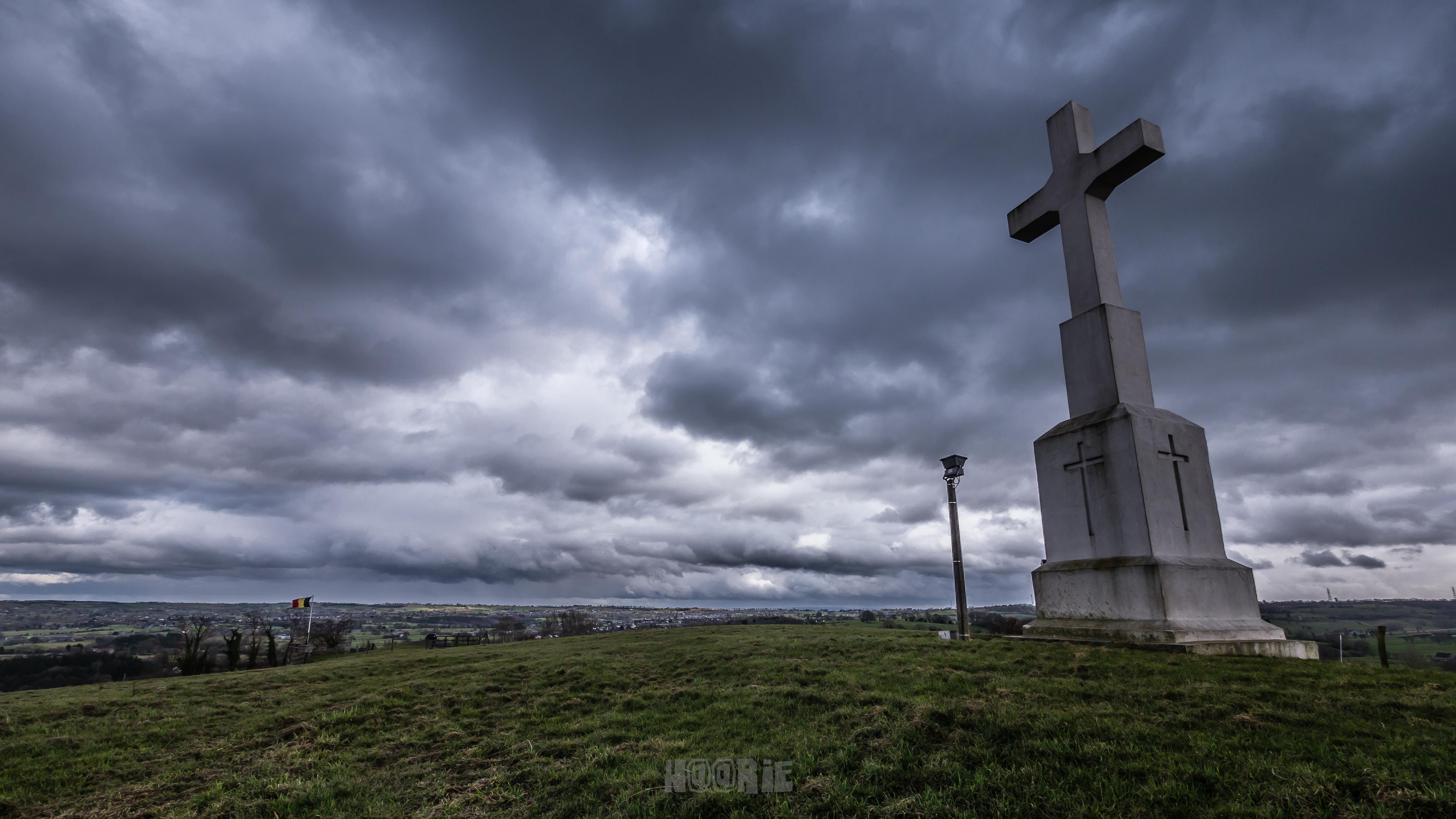 La Croix de Charneux
